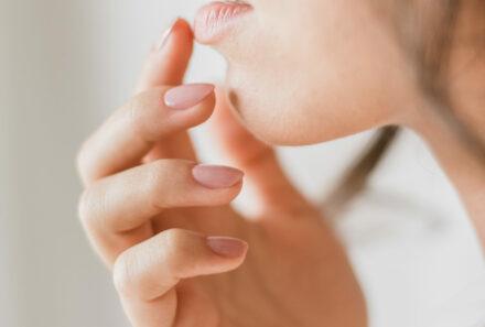 Koortsblaasjes – wat is het juist & hoe behandel je ze?