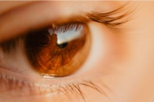 Rode ogen – moet je naar de dokter of niet?